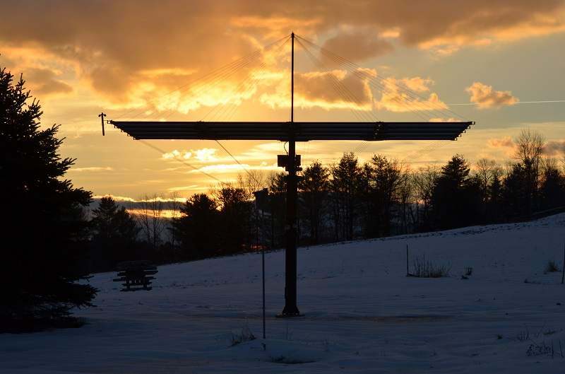 A Solaflect PV Tracker at dawn on a windy day.